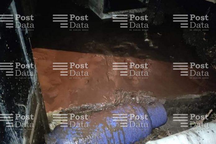 Las lluvias acaecidas en el municipio de Zitácuaro generaron deslaves que afectaron domicilios en dos localidades y un camino,