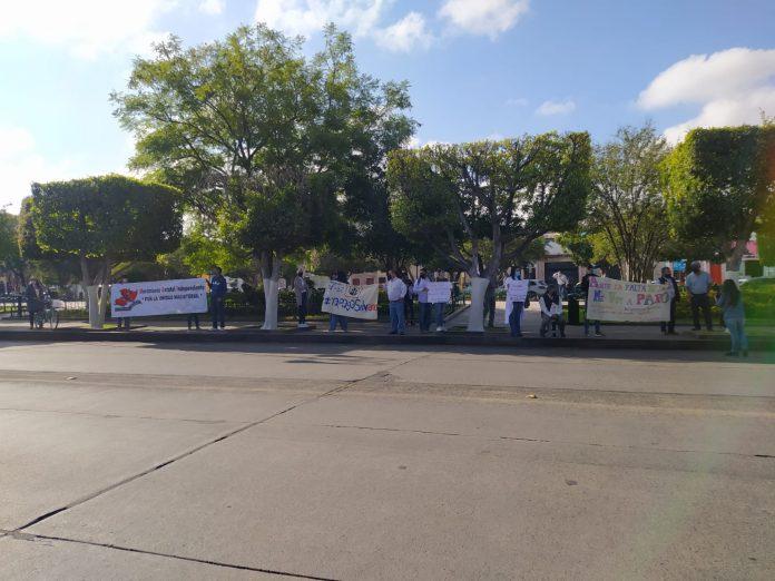 Profesores independientes se unen a las protestas contra adeudos